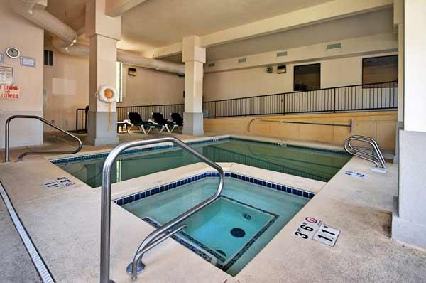 Indoor Heated Swimming Pool Spa Comfort Inn Midtown